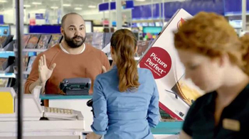 Rent-A-Center TV Spot, 'Disfruta el Juego a lo Grande' [Spanish]