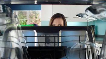Finish Quantum Max TV Spot, 'Corrosion' - Thumbnail 3