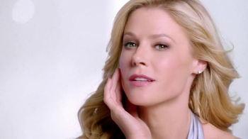 Neutrogena Rapid Wrinkle Repair TV Spot, 'High Hopes' Feat. Julie Bowen - 9651 commercial airings