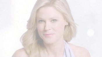 Neutrogena Rapid Wrinkle Repair TV Spot, 'High Hopes' Feat. Julie Bowen - Thumbnail 9