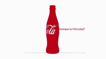 Coca-Cola TV Spot, 'Por Fuera. Por Dentro.' [Spanish] - Thumbnail 8