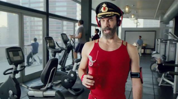 Hotels.com Spring Break Sale TV Spot, 'Captain Obvious Workout' - Thumbnail 1