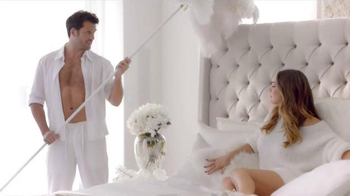 Skechers Memory Foam TV Spot, 'Dream Come True' Featuring Kelly Brook - Thumbnail 5