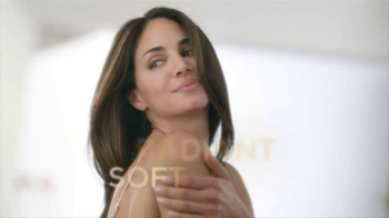 Dial Miracle Oil Body Wash TV Spot, 'Restorative Power' - Thumbnail 7