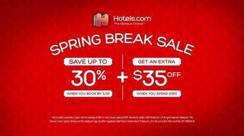Hotels.com Spring Break Sale TV Spot, 'Captain Obvious Workout: Bathroom' - Thumbnail 8