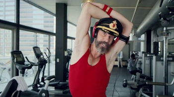 Hotels.com Spring Break Sale TV Spot, 'Captain Obvious Workout: Leg Lift' - Thumbnail 2