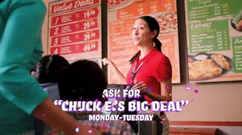 Chuck E. Cheese's Big Deal TV Spot, '250 Tickets Free' - Thumbnail 9