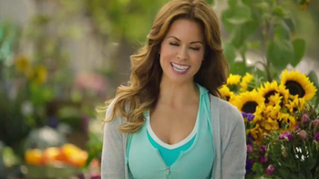 Skechers Stretch Fit TV Spot, 'Like Yoga Pants' Feat. Brooke Burke-Charvet - Thumbnail 7