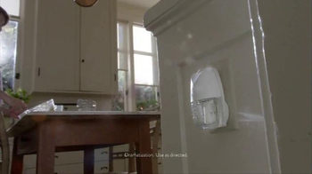 Air Wick Life Scents TV Spot, 'Welcome Home' - Thumbnail 3