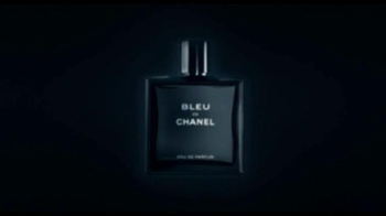 Bleu de Chanel TV Spot, 'The Film' Song by Jimi Hendrix - Thumbnail 8