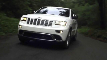 2015 Jeep Cherokee Latitude TV Spot, '2015 Award Season Event' - Thumbnail 1