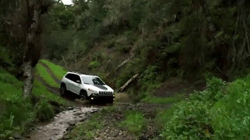 2015 Jeep Cherokee Latitude TV Spot, '2015 Award Season Event' - Thumbnail 4