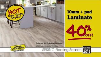 Lumber Liquidators Spring Flooring Season TV Spot, 'Hot Trends on Sale' - Thumbnail 4