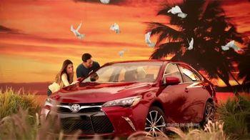 2015 Toyota Prius TV Spot, 'Evento de Ventas Match Perfecto' [Spanish] - Thumbnail 3