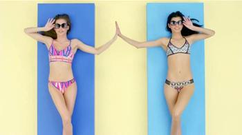 Target TV Spot, 'Remix, Target Style' Letra por Questlove [Spanish] - Thumbnail 6