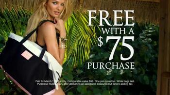 Victoria's Secret Getaway Bag TV Spot, 'Spring's Hottest Bag' - Thumbnail 5