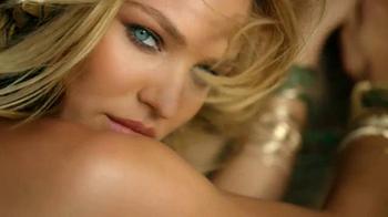 Victoria's Secret Getaway Bag TV Spot, 'Spring's Hottest Bag' - Thumbnail 7