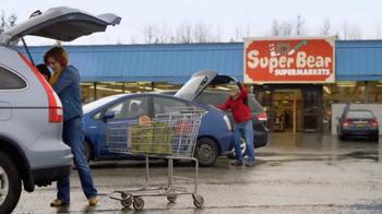 AlaskaUSA TV Spot, 'Stretch On' - Thumbnail 6