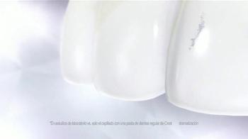 Crest 3D White Luxe Diamond Strong TV Spot, 'Fotos' [Spanish] - Thumbnail 6
