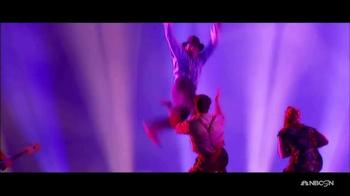 Cirque du Soleil Viva Elvis TV Spot, 'An Exhilarating Tribute' - Thumbnail 4