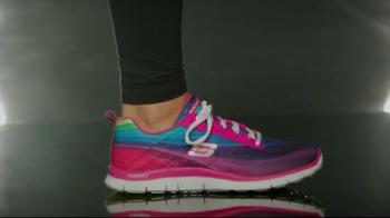Skechers Sport con Memory Foam TV Spot, 'Única' Con Demi Lovato [Spanish] - Thumbnail 3
