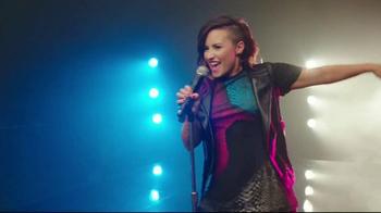 Skechers Sport con Memory Foam TV Spot, 'Única' Con Demi Lovato [Spanish] - Thumbnail 4