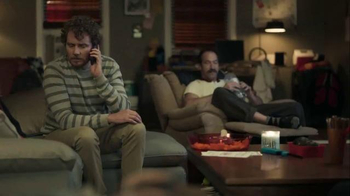 Buffalo Wild Wings TV Spot, 'Pizza to Your Home?' Feat. Stephen Rannazzisi - Thumbnail 8