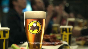 Buffalo Wild Wings TV Spot, 'Pizza to Your Home?' Feat. Stephen Rannazzisi - Thumbnail 9