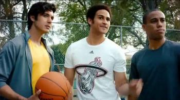 NBA Store TV Spot, 'Noches éne-bé-a' Song by Mark Ronson