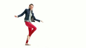 Macy's La Venta Más Grande de Denim TV Spot [Spanish] - Thumbnail 1