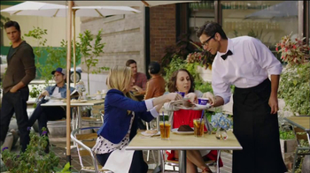 Oikos TV Spot, 'Perfect World' Featuring John Stamos - Thumbnail 5