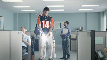 DIRECTV NFL Sunday Ticket TV Spot Featuring Parvesh Cheena - Thumbnail 7