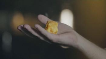 Pringles TV Spot, 'The Moon' - Thumbnail 7