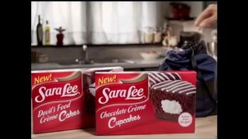 Sara Lee Devil's Food Creme Cakes TV Spot, 'Snack Moment: Basketball' - Thumbnail 7