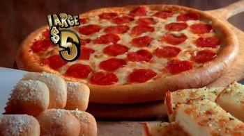 Little Caesars Pizza TV Spot, 'Big Game Party Headquarters' - Thumbnail 6