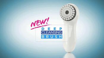 Proactiv Deep Cleansing Brush TV Spot Featuring Kaley Cuoco - Thumbnail 1