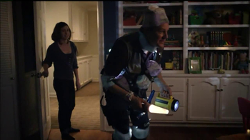 Huggies Glow-In-The-Dark Pull-Ups TV Spot, 'Bedtime' - Thumbnail 9