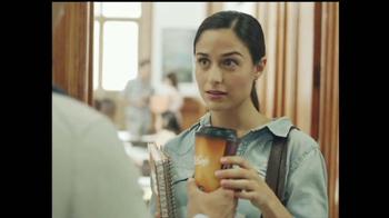 McDonald's McCafe TV Spot, '$1' [Spanish] - Thumbnail 6