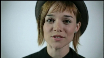 Mutt-i-grees TV Spot Featuring Renee Felice Smith - Thumbnail 5
