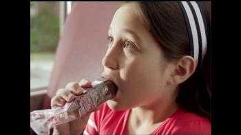 Sara Lee Devil's Food Creme Cakes TV Spot, 'Delicious Snack Moment' - Thumbnail 3