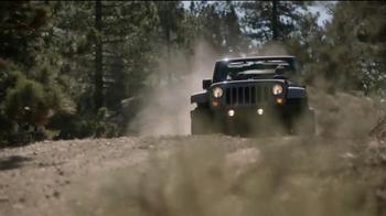 Jeep Celebration Event TV Spot, 'Discovering' - Thumbnail 7