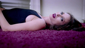 Maybelline New York Colorsensational Plums TV Spot - Thumbnail 7