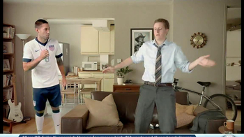 GameStop FIFA 14 TV Spot, 'Swagger' Featuring Clint Dempsey - Thumbnail 6