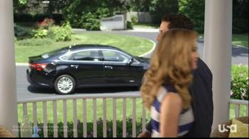 Toyota Avalon TV Spot, 'Royal Pains' - Thumbnail 6