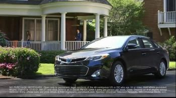 Toyota Avalon TV Spot, 'Royal Pains' - Thumbnail 8