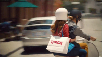 TJ Maxx TV Spot, 'Fall Crush' - Thumbnail 5