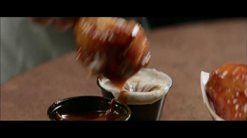 Buffalo Wild Wings TV Spot, 'Mixing Sauces' - Thumbnail 5