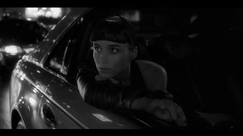 Calvin Klein Downtown TV Spot Feat. Rooney Mara, Song by Yeah Yeah Yeahs - Thumbnail 9