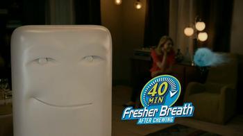 Dentyne Ice TV Spot, 'Your Breath's Friend' - Thumbnail 9
