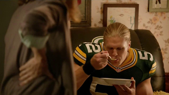Campbell's Chunky Soup TV Spot, 'Souperstitious' Feat. Clay Mathews - Thumbnail 7